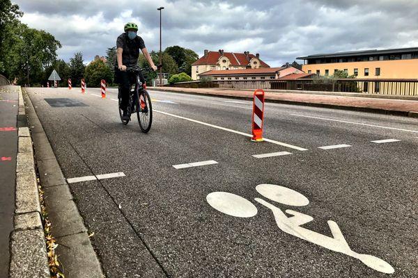 Une des sept pistes cyclables temporaires installées à Metz en mai 2020.
