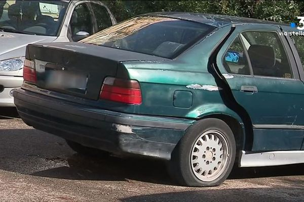 En Haute-Corse, le préfet a présenté, vendredi 25 octobre, ses solutions pour se débarrasser des voitures ventouses.