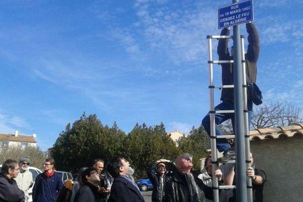manifestation à Béziers pour conserver la rue du 19 mars à Béziers