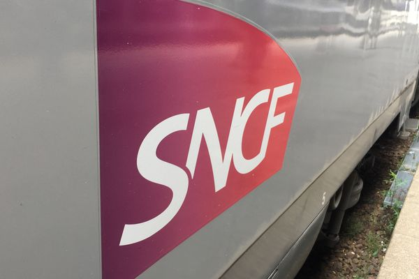 Le trafic SNCF reste très perturbé ce dimanche 22 décembre, à quelques jours de Noël, en raison de la grève.