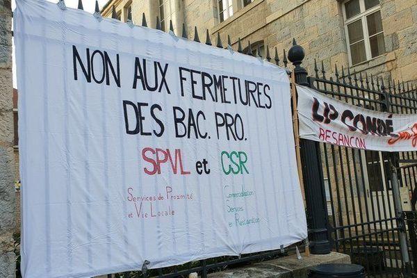 Les enseignants du lycée Condé ont fait grève plusieurs jours cette semaine.