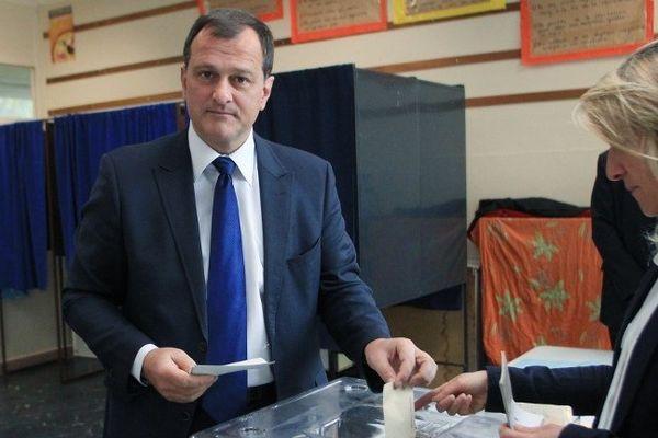 Louis Aliot a quadruplé le nombre de voix pour le FN dans les Pyénées-Orientales par rapport aux élections européennes de 2009.