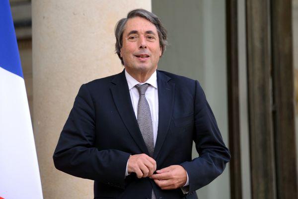 L'ancien maire socialiste de Grenoble et actuel député de l'Isère, Michel Destot, appelle à voter pour Emmanuel Macron au second tour de l'élection présidentielle 2017.