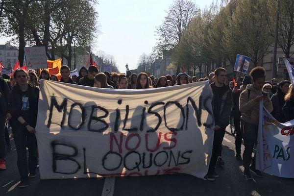 Mobilisations des lycéens juste avant la venue du président Macron à Angers, le 28 mars 2019