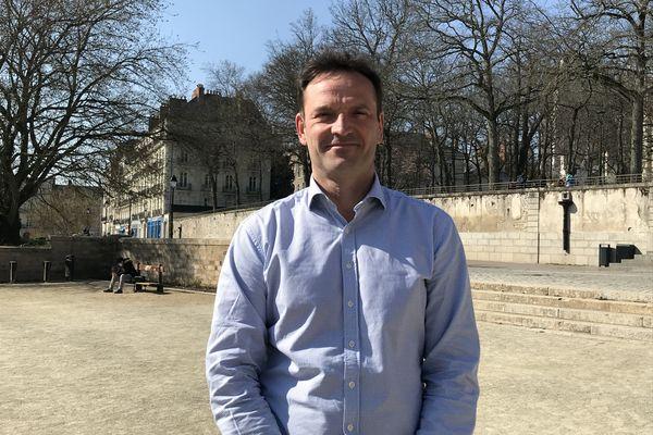 """""""Nous serons surtout présents dans les cantons urbains, où l'étiquette politique a plus de poids, mais pas partout en secteur rural"""" affirme Stéphane Gachet, référent La République en Marche en Loire-Atlantique"""