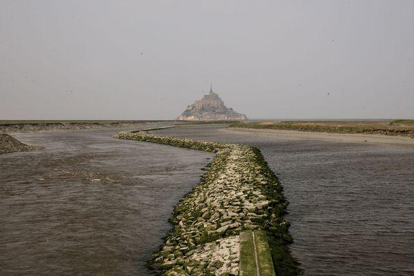 Le Mont Saint Michel vidé de ses touristes à l'heure du coronavirus
