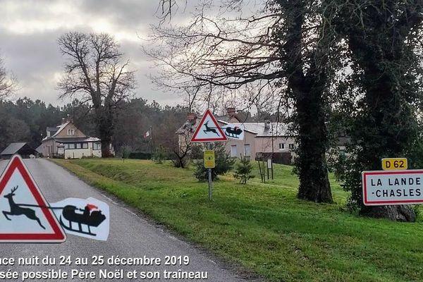 A La lande Chasles, les automobilistes sont prévenus du passage éventuel du père Noël