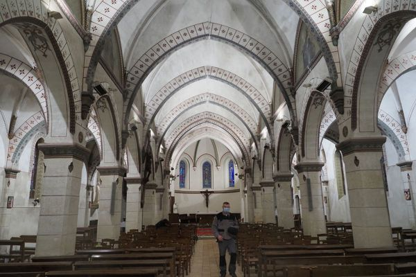 Les obsèques de Valéry Giscard d'Estaing seront célébrées dans l'intimité ce samedi 5 décembre à Authon dans le Loir-et-Cher.