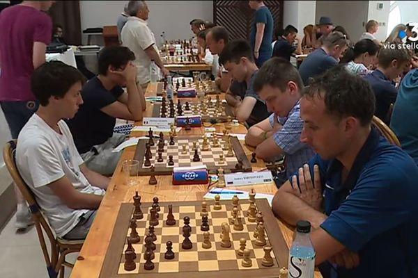 250 joueurs du monde entier sont rassemblés à Porticcio pour le cinquième open international d'échecs.