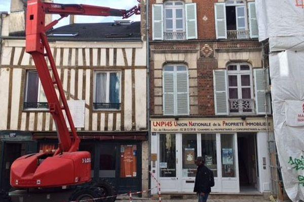 Trois antennes relais sur le point d'être installées rue de Bourgogne à Orléans