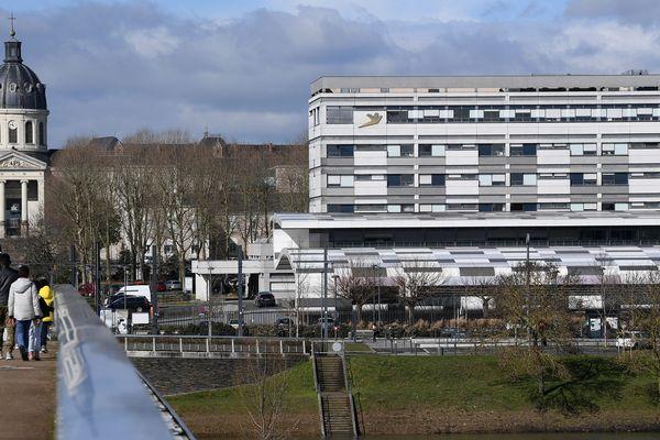 Le CHU d'Angers en mars 2018