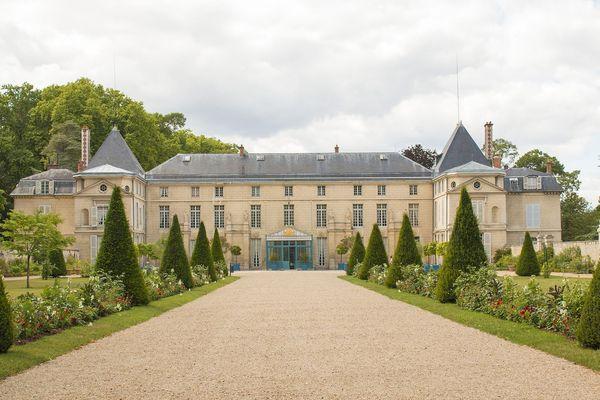 Le Château de Malmaison fut sous le Consulat la demeure de Joséphine de Beauharnais et de Napoléon Bonaparte