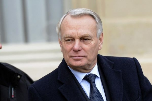 Le Premier ministre Jean-Marc Ayrault ne croisera pas les enseignants en colère
