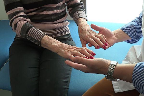 L'arthrose, une maladie qui touche plus de 10 millions de personnes en France et une cause de handicap majeur, particulièrement quand elle touche les mains