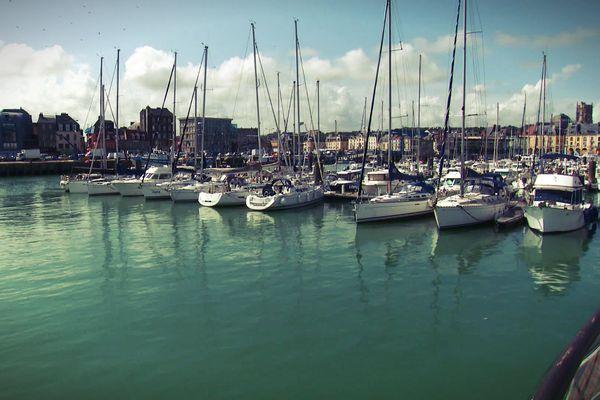 A Dieppe, 3 bassins permettent d'accueillir les plaisanciers, avec 530 places à flot.