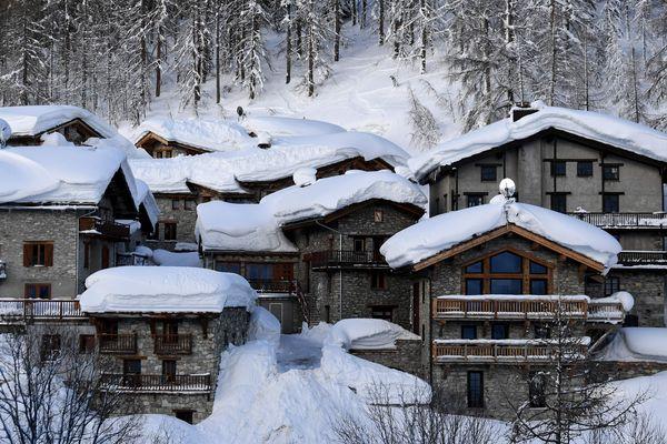 De grosses chutes de neige sont attendues en Savoie, notamment ici à Val d'Isère. Photo d'illustration.