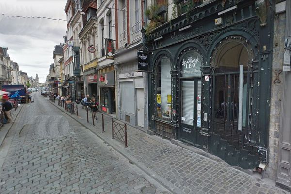 Les faits se sont déroulés rue Royale, dans la nuit de mercredi à jeudi.