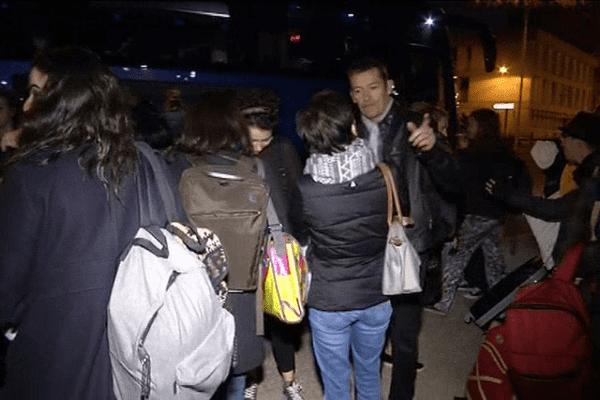 Le retour des lycéens du lycée Dupuy de Lôme et de leurs accompagnateurs ce mercredi soir à Lorient
