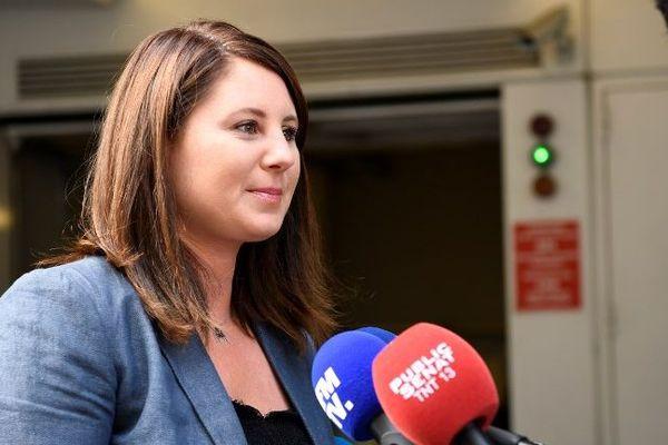Marine Brenier répondant aux questions des journalistes en juillet 2017.