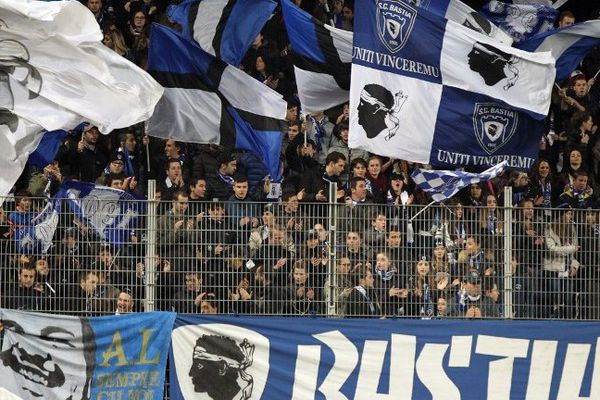 Supporteurs du SCB au stade Armand Cesari, lors de la rencontre  Bastia (SCB) vs Bordeaux (FCGB), le 18 janvier 2014