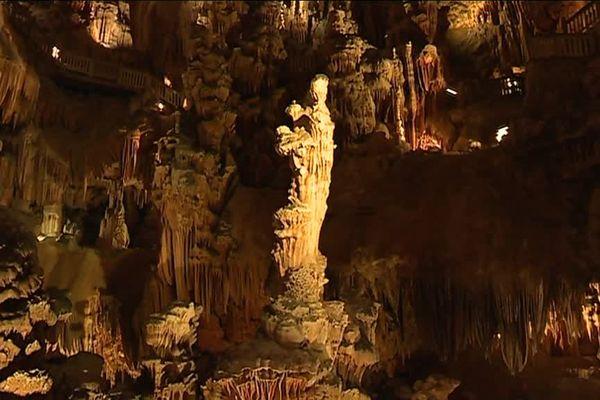 La grotte de Saint-Bauzille-de-Putois, dans l'Hérault mise sur une nouvelle scénographie pour attirer les visiteurs - 6 juin 2017
