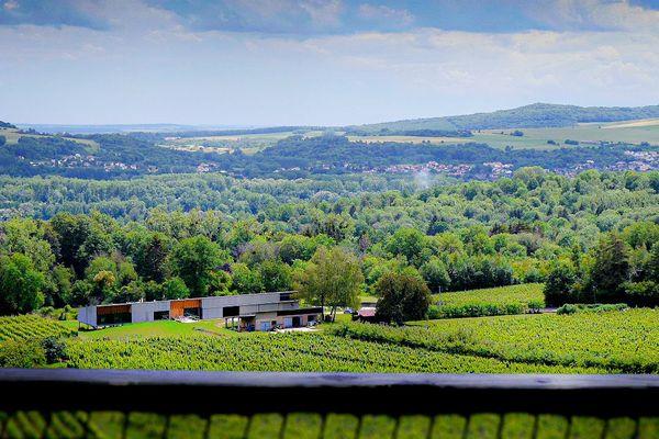 La vue sur la vallée depuis l'une des cabanes