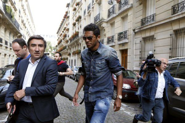 Brandao et son avocat, Me Olivier Martin, arrivent à LFP, jeudi 21 août.