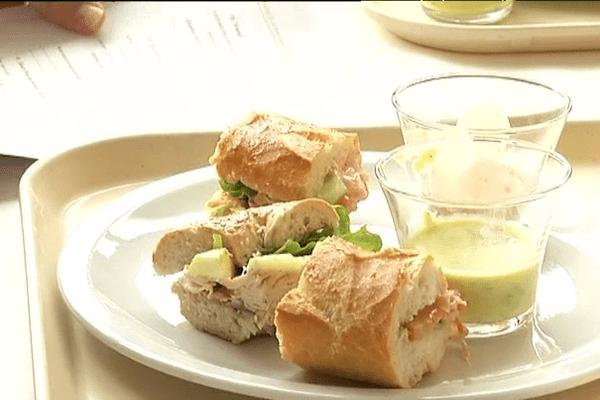 Assiette tests pour déterminer quels seront les nouveaux sandwichs proposés dans les restaurants universitaires