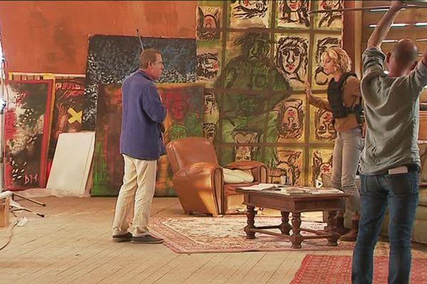 """Une scène du téléfilm de France 3 """"Les mystères du Bois galant """" en tournage dans l'ancien hôpital de la Marine de Rochefort (17)."""