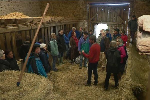 Les donateurs visitent la ferme participative de Rancon (87)