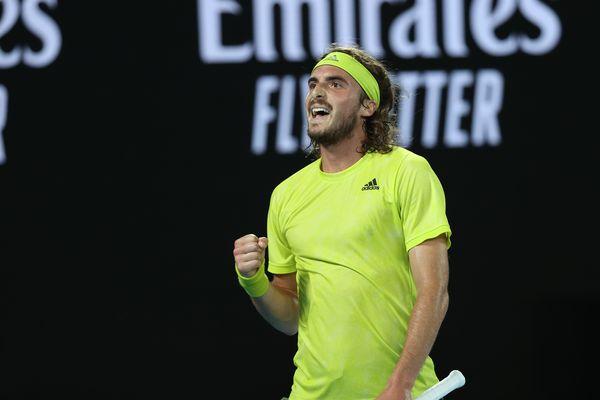 Le grec Stefanos Tsitsipas, qui a renversé Rafael Nadal en 5 sets en quart de finale de l'Open d'Australie 2021, peut prétendre à un troisième titre consécutif dans l'enceinte du Palais des Sports de Marseille.