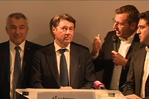 Vingt maires de droite et du centre lancent le mouvement La France audacieuse, à l'initiative de Christian Estrosi.