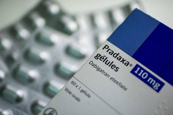 Le Pradaxa, anticoagulant commercialisé par le laboratoire Boehringer Ingelheim, à l'origine de la plainte de des familles de quatre victimes françaises, le 8 octobre 2013.