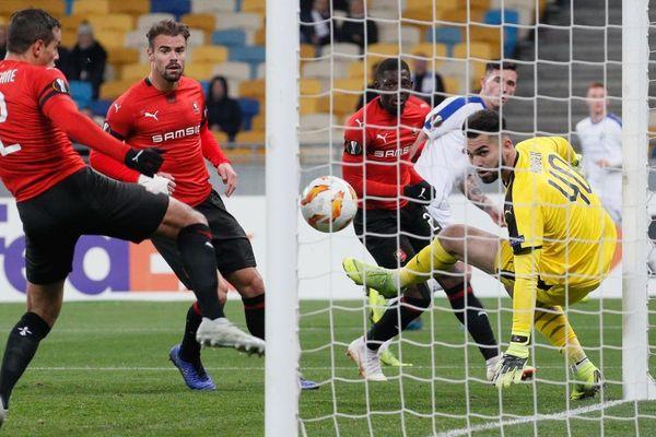 La gardien rennais, Tomas Koubek a encaissé trois buts sur la pelouse du Dynamo de Kiev.