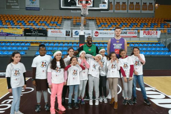 Les enfants ont pu rencontrer les joueurs et seront là mercredi pour les encourager face à Evreux.
