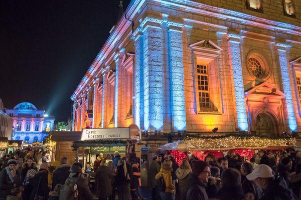Le marché de Noël de Montbéliard attire en moyenne 500 000 personnes par an.
