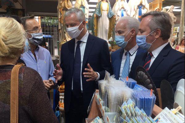 Bruno Le Maire a annoncé que le dispositif de fonds de solidarité sera élargi aux commerces de souvenirs.