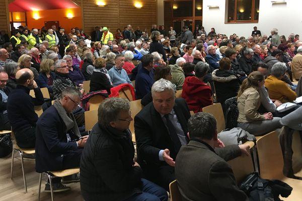 Jusqu'au 15 mars, le Grand débat national est organisé en France, à travers des réunions publiques et un questionnaire en ligne. Ici à Colmar.