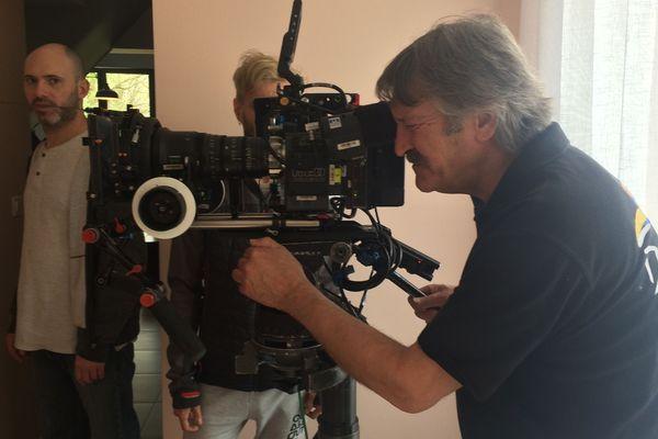 Le tournage d'une série de Jean-Pierre Mocky a débuté à Roiffé.