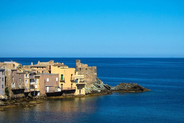 ILLUSTRATION - L'écriture du nom de ce petit village du Cap Corse fait débat (Haute-Corse)