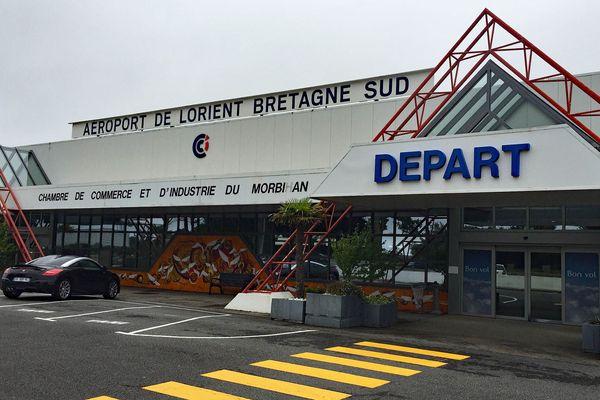 L'aéroport de Lorient, le 30 juin, est toujours fermé depuis le 23 mars dernier pour cause de coronavirus