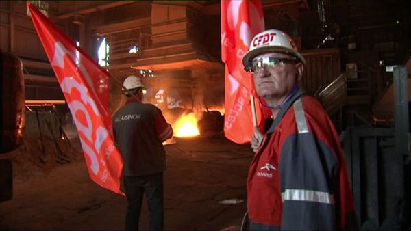 Les militants CFDT ArcelorMittal avaient occupé symboliquement le plancher de coulée du haut fourneau numéro 6 de Patural (Hayange) lors de l'arrêt de l'outil le 4 octobre 2011.