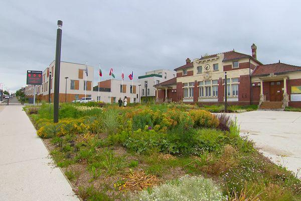 La mairie de Longueau, juin 2020