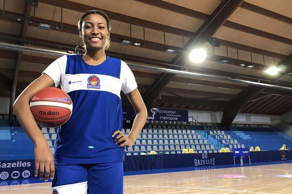 Diandra Tchatchouang, qui évolue au Lattes-Montpellier basket, vient de se qualifier avec les Bleues pour les JO de Tokyo.