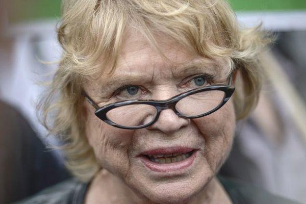 La franco-norvégienne Eva Joly s'est faite connaitre en tant que juge d'instruction, elle a notamment instruit les dossiers politico-financiers concernant Elf ou les affaires de Bernard Tapie. En 2008, elle rejoint Europe Ecologie - Les Verts puis devient eurodéputée en 2009.