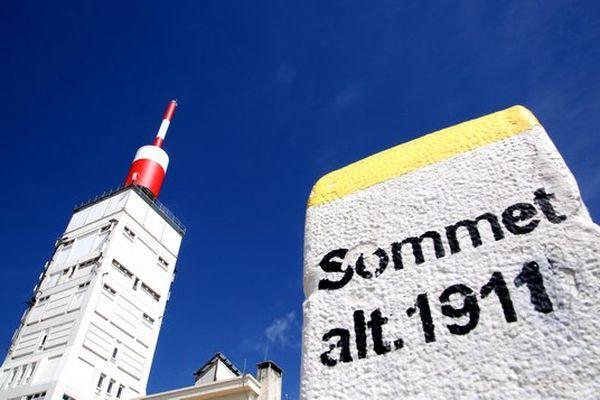 La 12e étape du Tour de France se terminera jeudi au Chalet Reynard, à 6 kilomètres du sommet du Mont Ventoux, à cause des conditions météo
