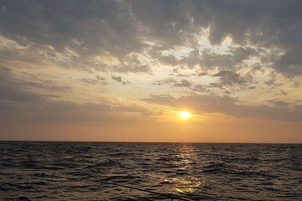 Lever de soleil en baie de Saint-Malo