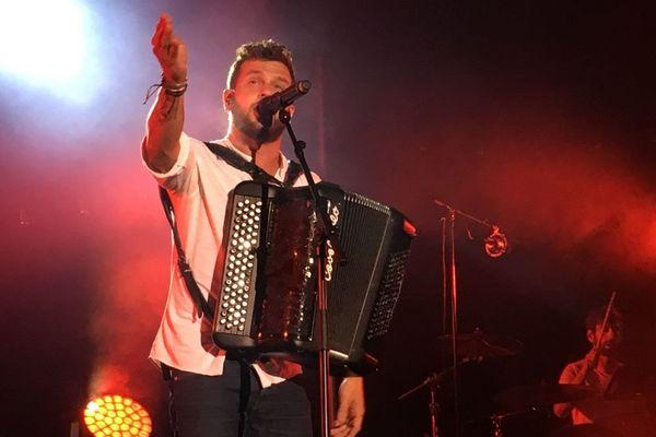 Claudio Capéo en concert à Cernay (Haut-Rhin) le 25 août 2018