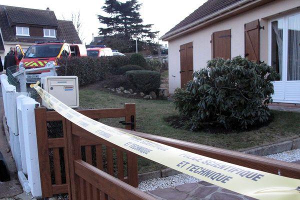 Deux proches Larossi Abballa, tueur présumé d'un couple de policiers à Magnanville (78) ont été interpellés ce mardi matin.