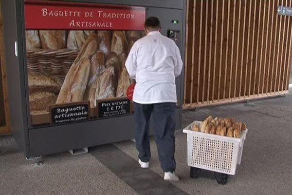 Du pain fraîchement cuit à la gare de Pont-à-Mousson, désormais, c'est possible !